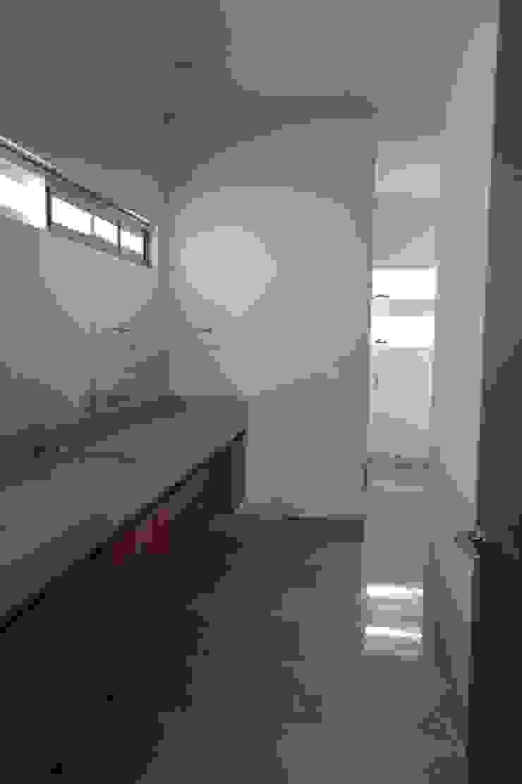 Residencias LV Baños modernos de CH Proyectos Moderno