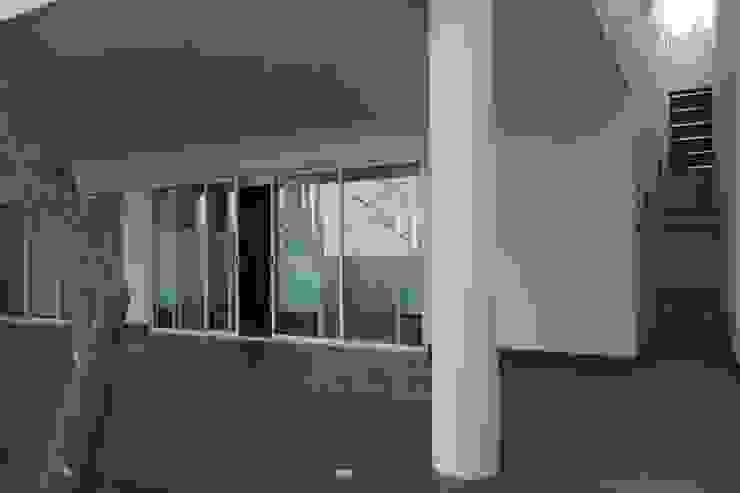 Residencias LV Balcones y terrazas modernos de CH Proyectos Moderno