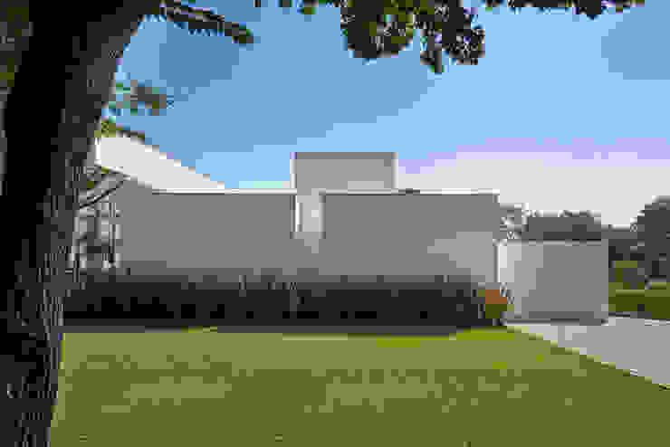 Amendoeiras Alta Lanza Arquitetos Jardin moderne