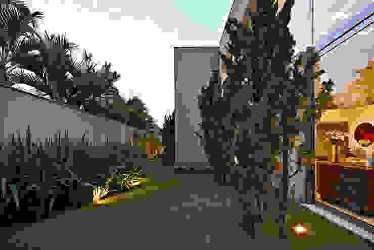 Jardin de style  par Lanza Arquitetos, Moderne