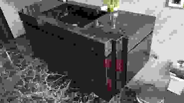 Bathroom by URBAN wood