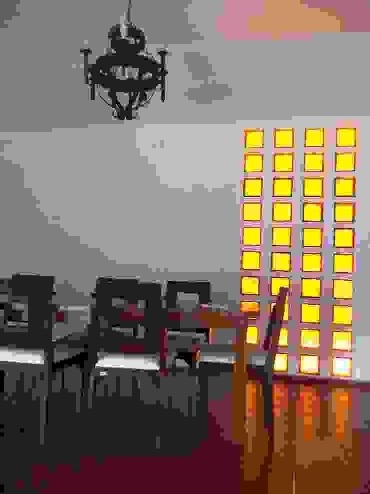Liliana almada Propiedades Classic style dining room