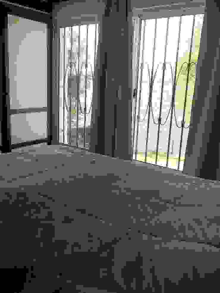 Habitación Liliana almada Propiedades Dormitorios de estilo clásico