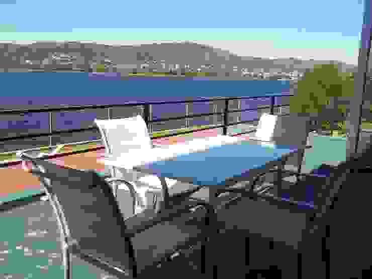 Balcón Liliana almada Propiedades Balcones y terrazas de estilo clásico