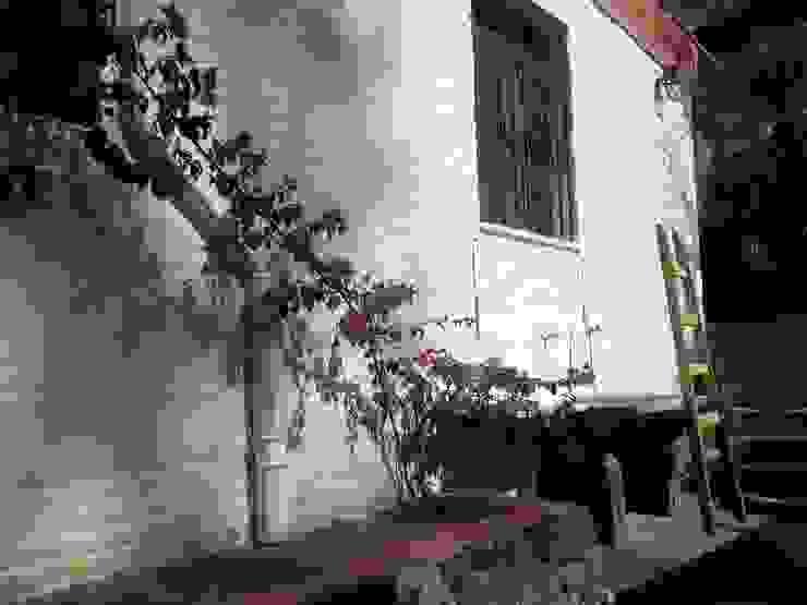 lavadero externo Liliana almada Propiedades Casas de estilo clásico