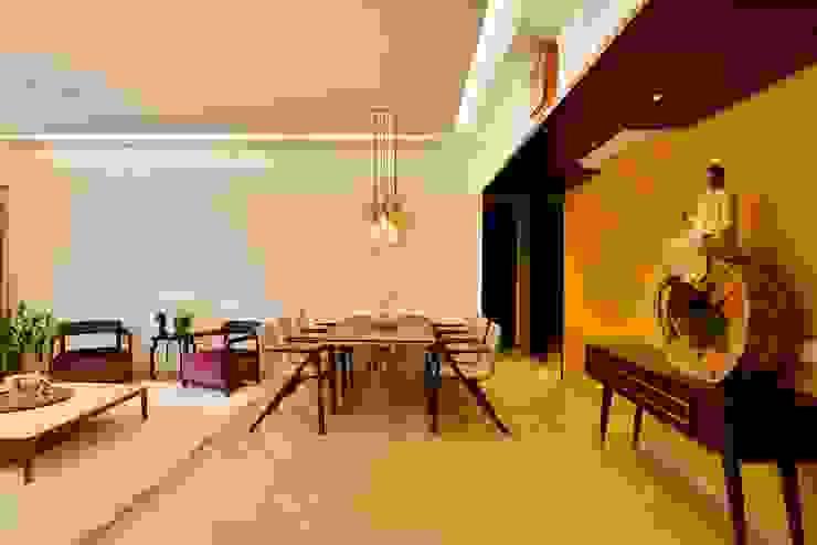 Minimalist dining room by homify Minimalist Marble