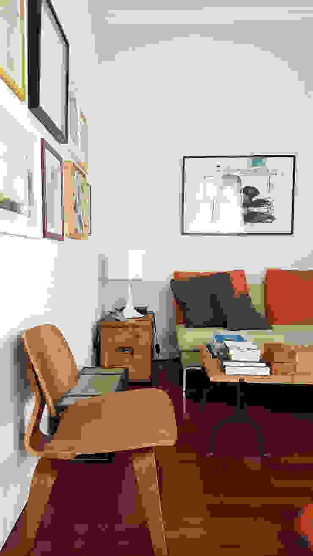 Ruang Keluarga Gaya Industrial Oleh Mohamed Keilani Architect Industrial