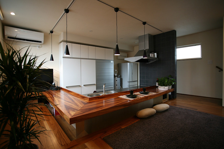 Modern Dining Room by 85inc. Modern Wood Wood effect