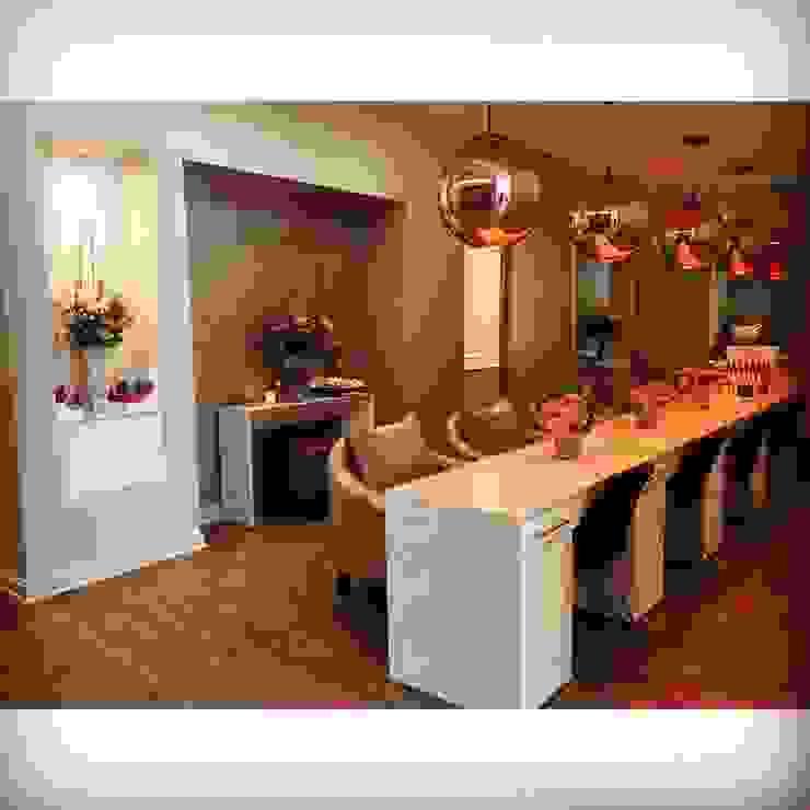 Manicure Area GSI Interior Design & Manufacture Classic style spa