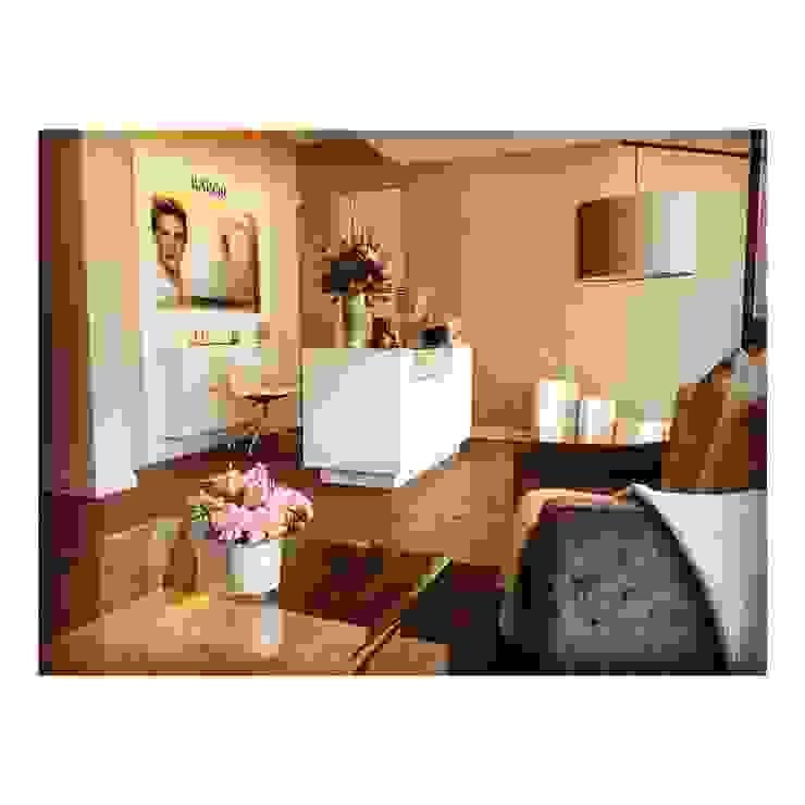 Reception Area GSI Interior Design & Manufacture Classic style spa