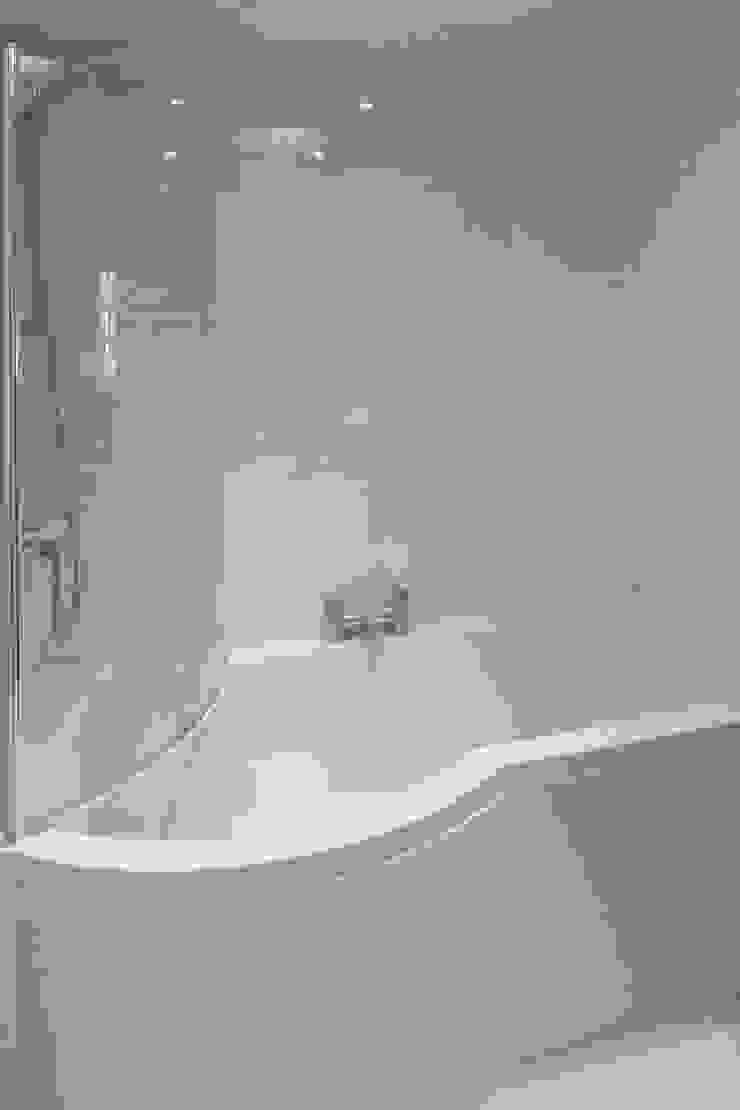 White Horse Pub Hampshire Design Consultancy Ltd. 浴室