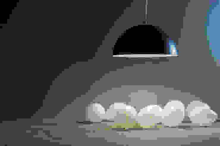 Mezza luna lavagna di in-es.artdesign Moderno