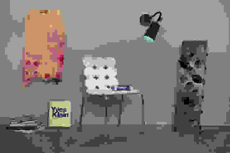 Paint A lavagna di in-es.artdesign Moderno