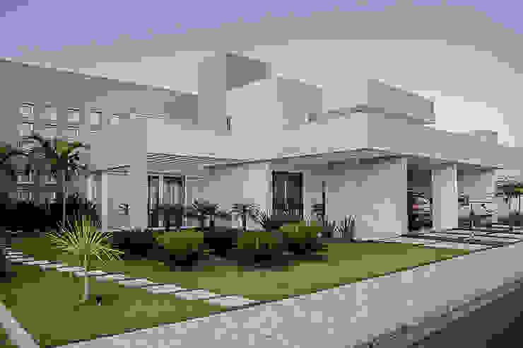 Casas de estilo  por A/ZERO Arquitetura, Moderno