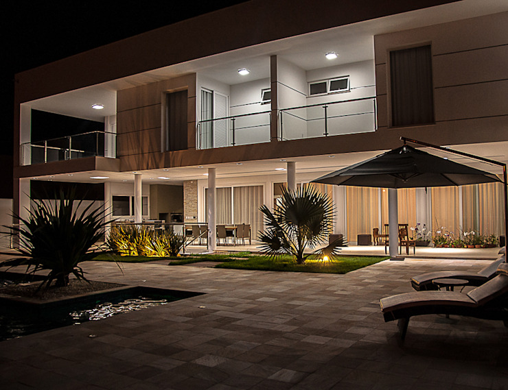 A/ZERO Arquitetura Modern style balcony, porch & terrace