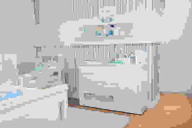 SOBRADO FUNCIONAL Quarto infantil moderno por Camila Castilho - Arquitetura e Interiores Moderno