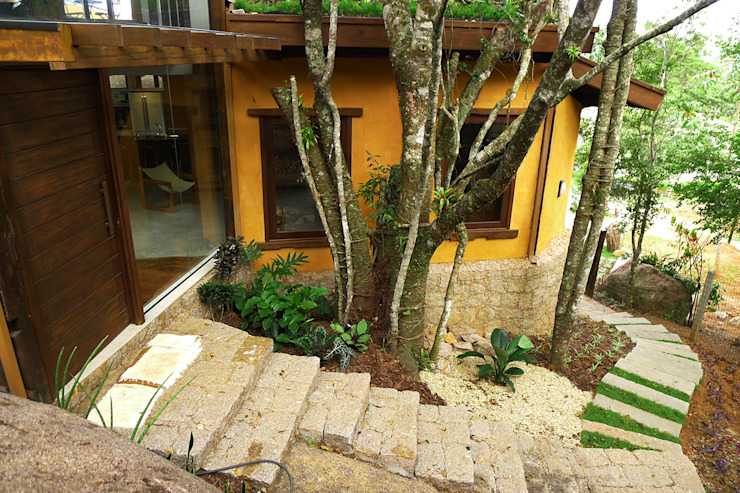 Casa Santo Antonio de Lisboa Casas rústicas por Baixo Impacto Arquitetura Ltda. Rústico
