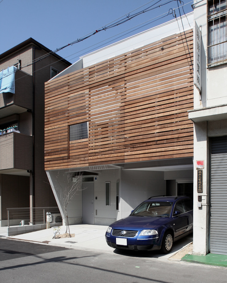 Modern houses by atelier m Modern Wood Wood effect