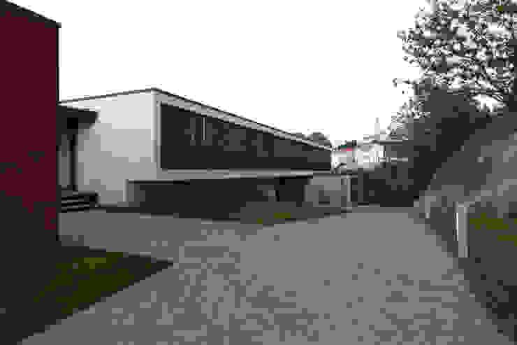 Lousinha Arquitectos Modern houses