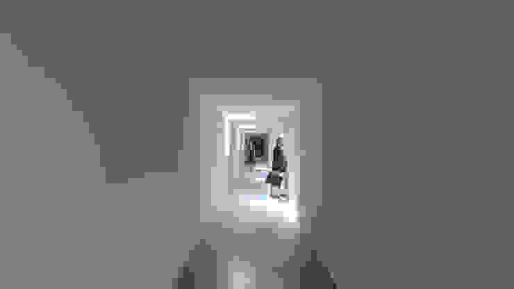 Casa Lamego Corredores, halls e escadas modernos por Lousinha Arquitectos Moderno