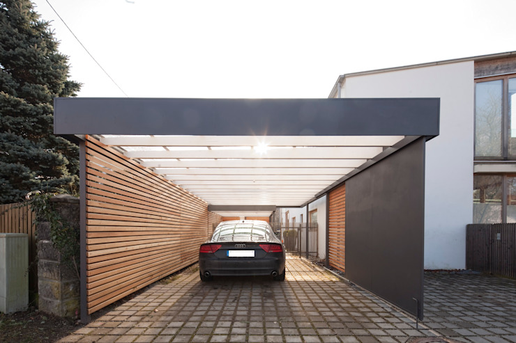 Garage/shed by Architekt Armin Hägele, Modern