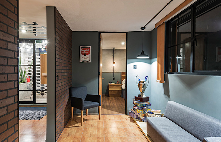 工業風的玄關、走廊與階梯 根據 MX Taller de Arquitectura & Diseño 工業風