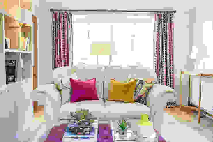 Colourful Transformation Lauren Gilberthorpe Interiors Living room Purple/Violet