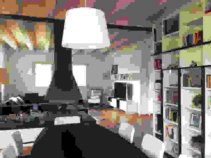 Salon classique par Marlegno Classique Bois Effet bois