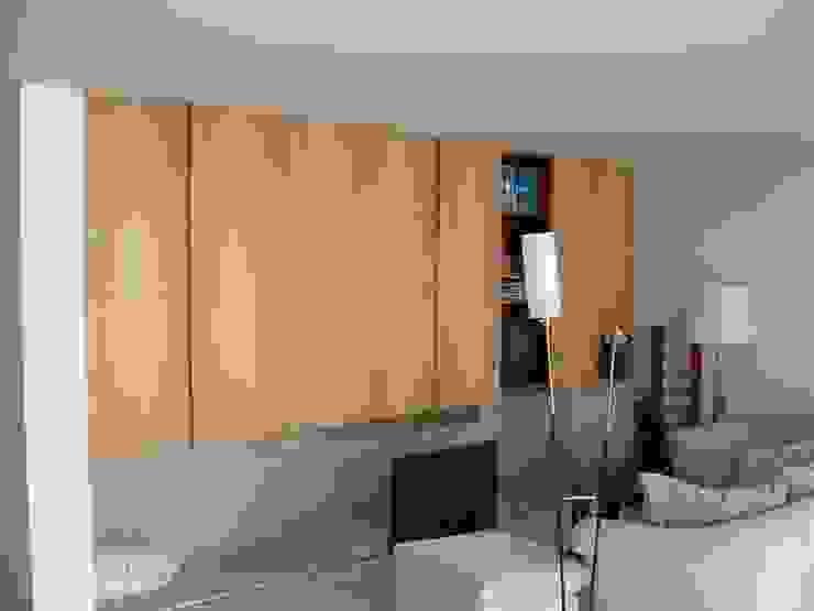 Living room by Lousinha Arquitectos, Modern