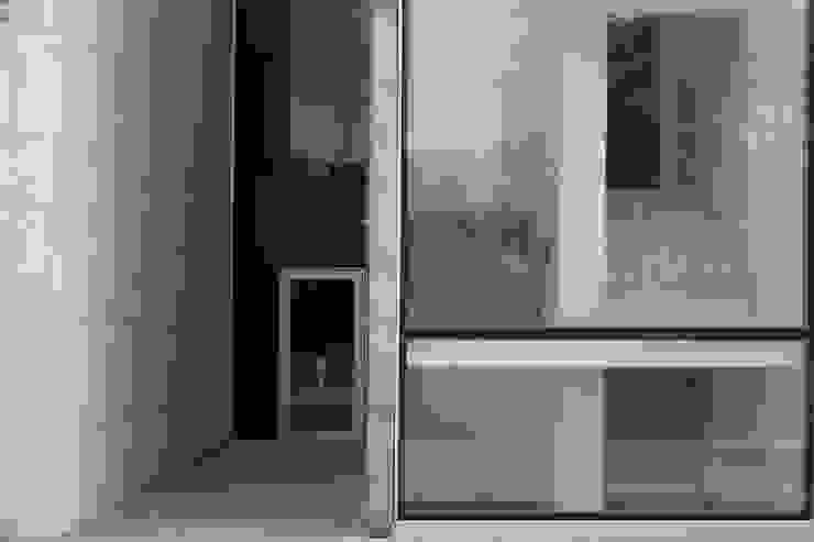 Douro á Vista: Janelas   por Lousinha Arquitectos,Moderno
