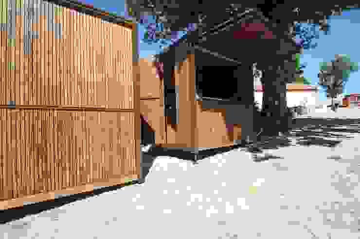 Quiosque Escritórios rústicos por Lousinha Arquitectos Rústico
