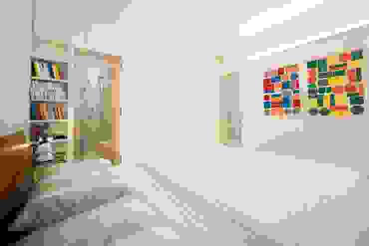 Projekty,  Sypialnia zaprojektowane przez PADIGLIONE B, Nowoczesny Drewno O efekcie drewna