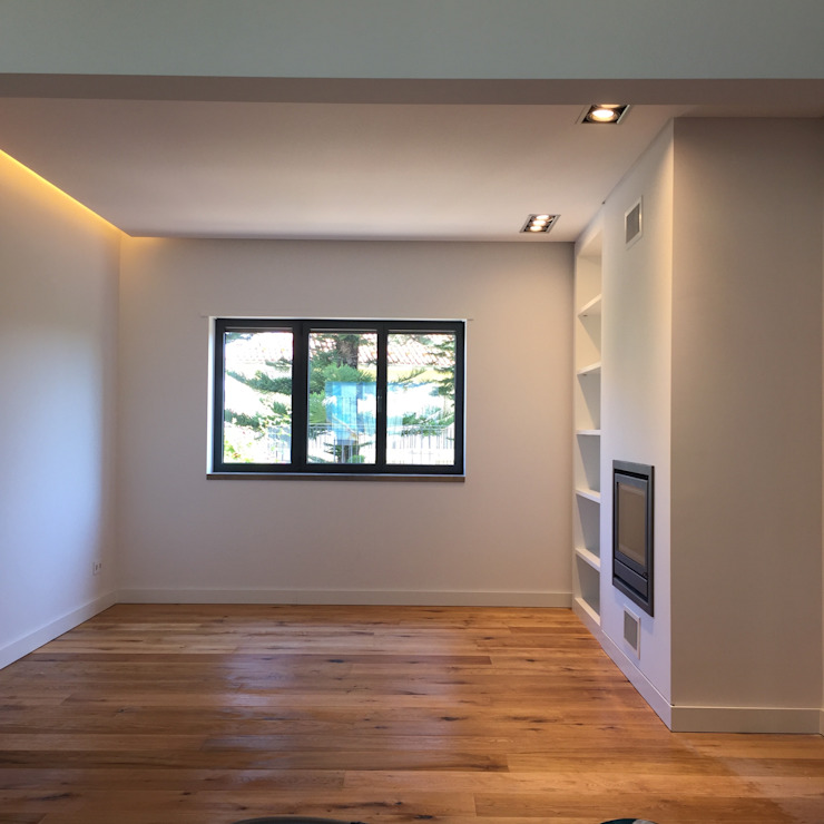 Moradia em Lisboa - Alvalade Salas de estar modernas por HighPlan Portugal Moderno Madeira Acabamento em madeira
