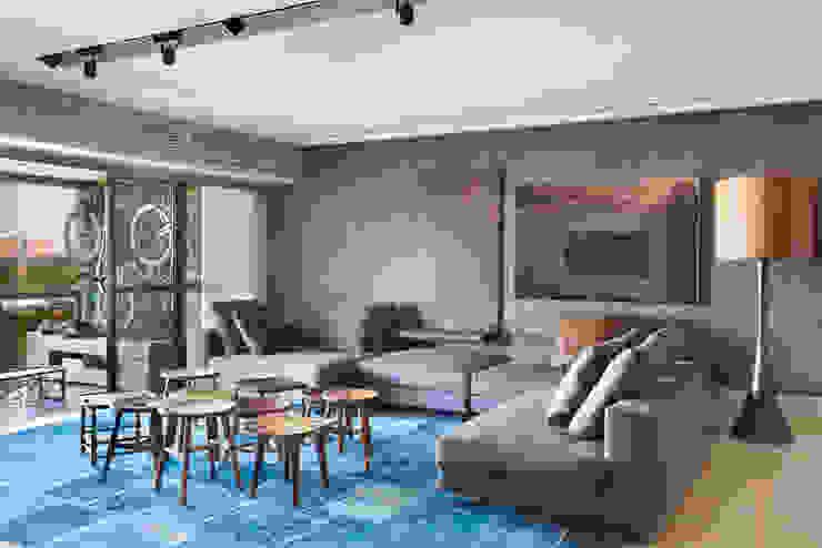Studio Eloy e Freitas Arquitetura e Interiores Modern living room
