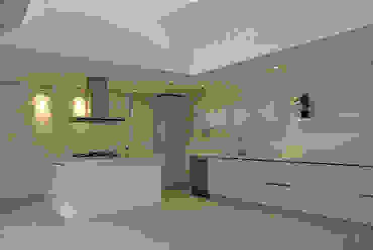 Casa Vittoria Prima Cocinas modernas de Javier Pareja arquiteco Moderno
