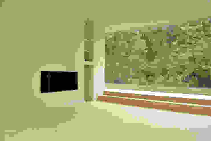 Casa Vittoria Prima Salas modernas de Javier Pareja arquiteco Moderno