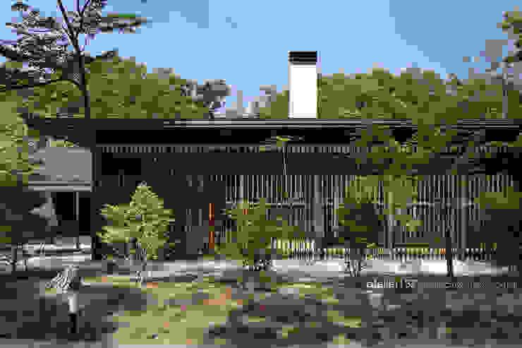 外観~038那須Fさんの家 クラシカルな 家 の atelier137 ARCHITECTURAL DESIGN OFFICE クラシック 木 木目調
