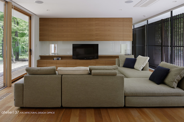 atelier137 ARCHITECTURAL DESIGN OFFICE Living room Wood Wood effect
