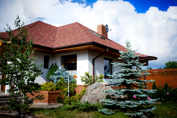 Casas de estilo clásico de Pracownia Projektowa ARCHIPELAG Clásico