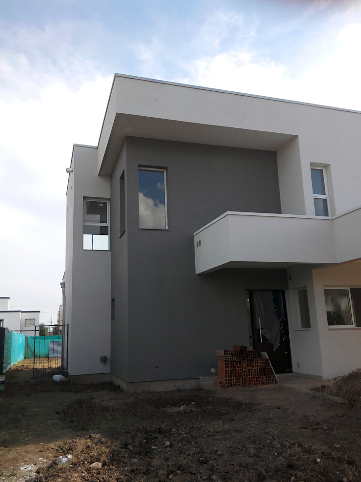 Casa Barchini Casas modernas de triAda Moderno