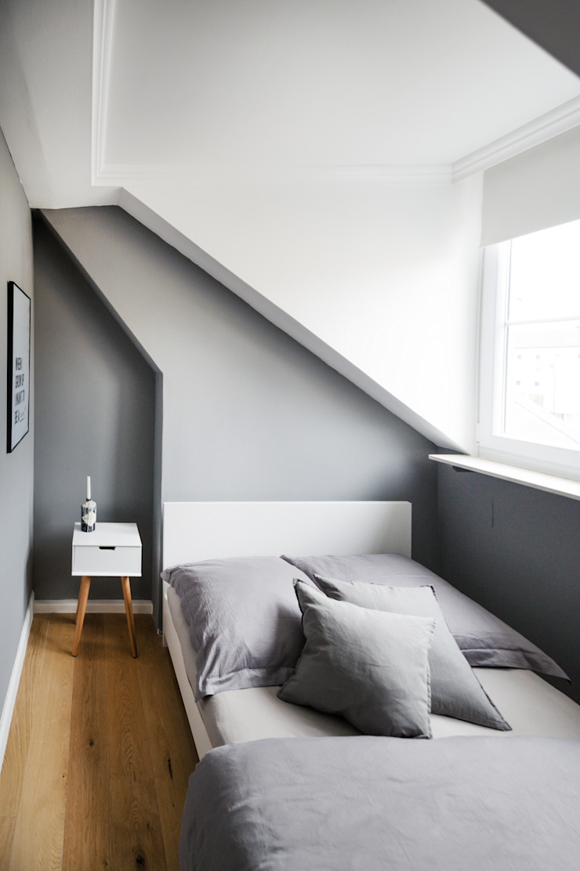 WOHNGLUECK GmbH (Immobilien) Modern Bedroom