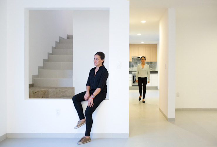 Projekty,  Jadalnia zaprojektowane przez Región 4 Arquitectura, Minimalistyczny