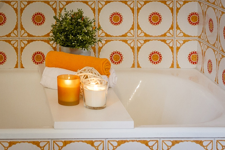 Modern bathroom by Boite Maison Modern