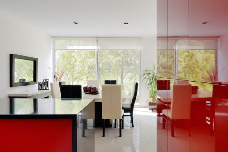 Modern dining room by Excelencia en Diseño Modern Engineered Wood Transparent