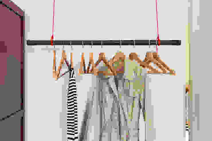 Azjatycka garderoba od Birgit Glatzel Architektin Azjatycki Drewno O efekcie drewna