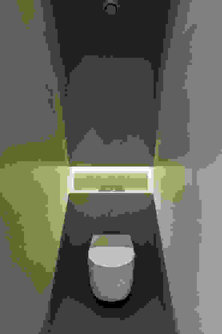 ABPROJECTOS 現代浴室設計點子、靈感&圖片