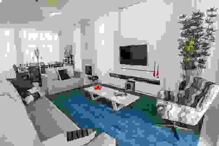Sala de Estar Bernacki Arquitetura Salas de estar modernas Azul