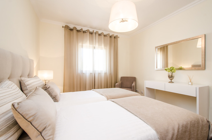 Turn Key Project – Apartment in Albufeira por Simple Taste Interiors Clássico