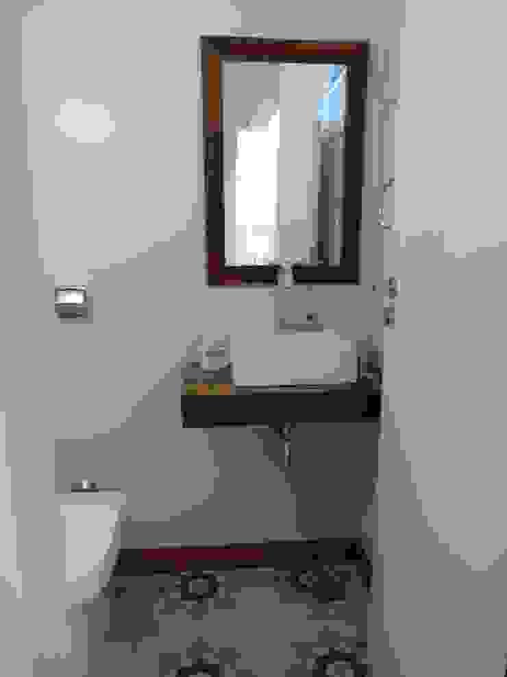 Casa SVJ Lozí - Projeto e Obra Banheiros modernos