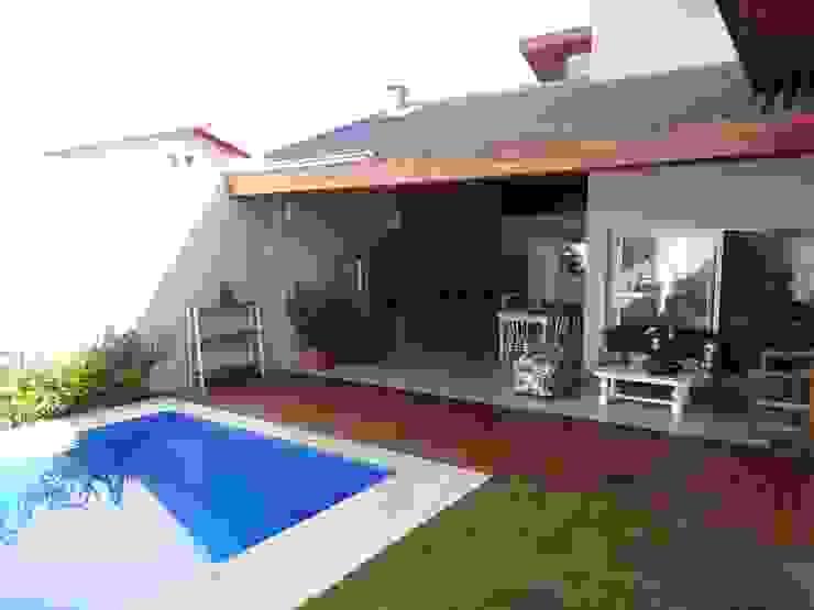 Modern Terrace by Lozí - Projeto e Obra Modern